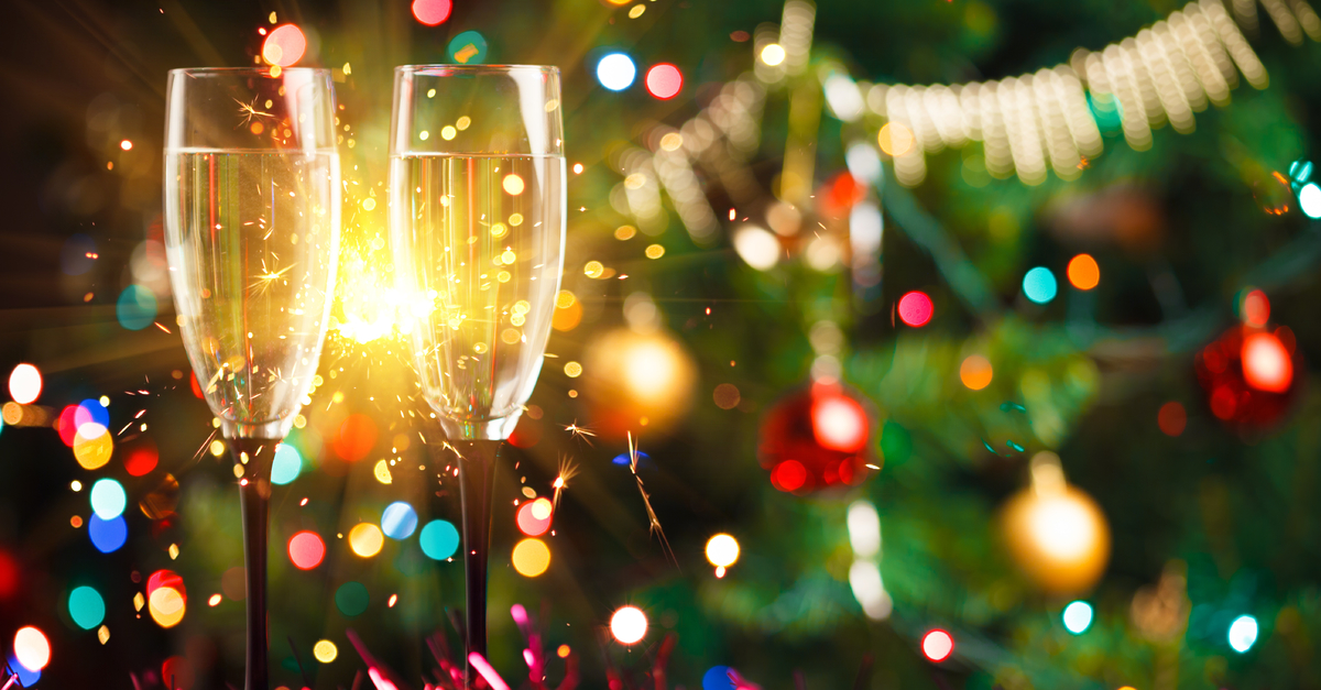 Christmas Alcoholic Drinks.Enjoy Christmas Drinks Without Piling On The Pounds Weight