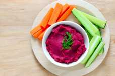 Bowl of Houmous with Vegetable Crudites - Weight Loss Resources