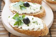French Stick with Cottage Cheese and Olives - Weight Loss Resources