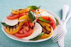 Grilled Peach Caprese Salad with Mozzarella and Tomato - Weight Loss Resources