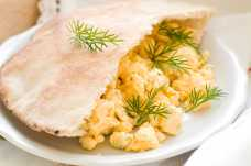 Pitta with Scrambled Egg - Weight Loss Resources