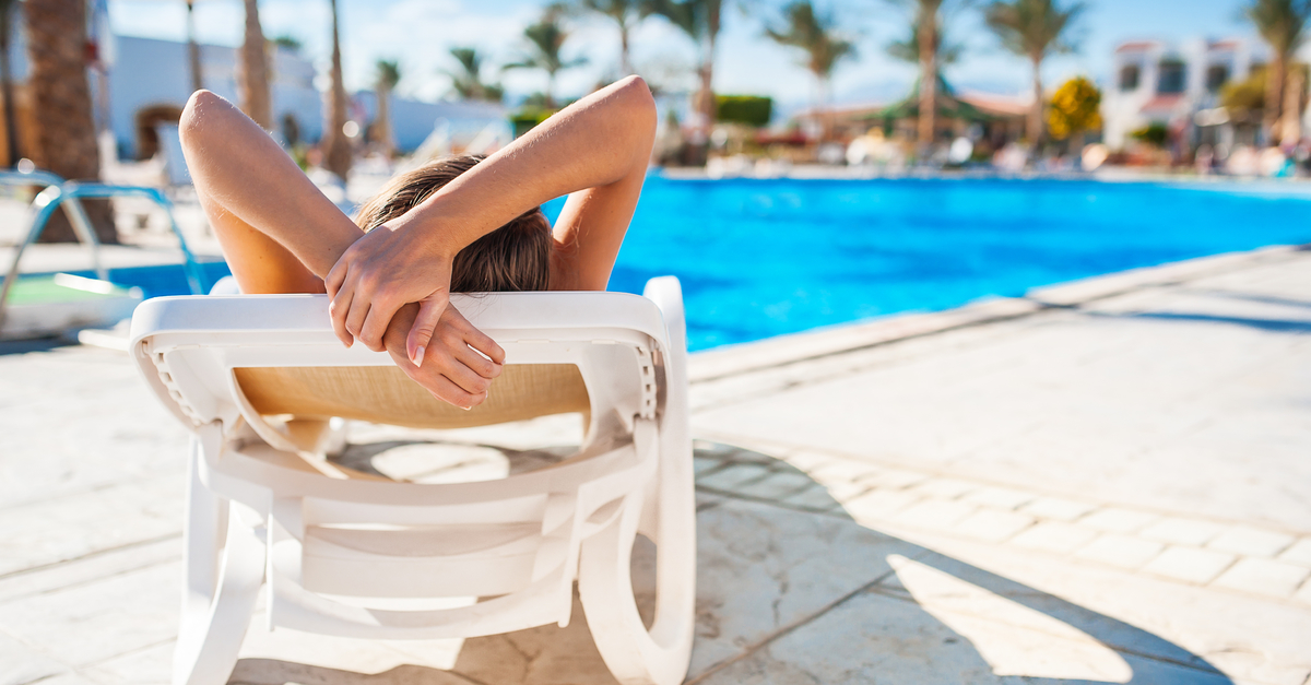 Top 10 diet tips for getting your body ready for relaxing by the pool