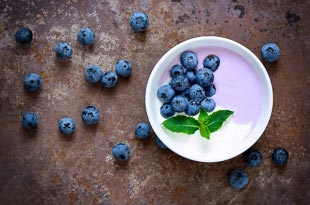 Greek Yoghurt with Blueberries