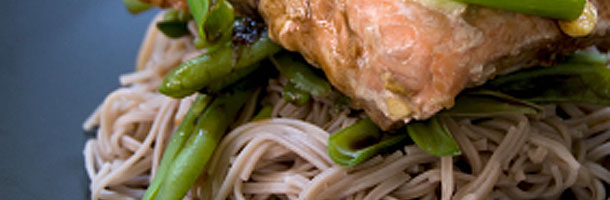 Chilli Salmon with Noodles