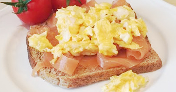 Toast with smoked salmon and scrambled egg