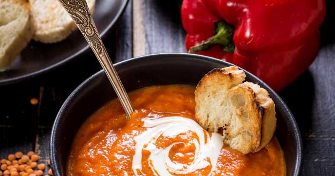 Butternut squash soup with red pepper