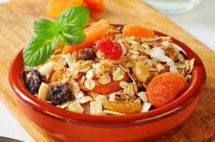 Muesli with Dried Fruits