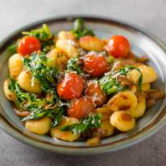 Genovese Spinach and Tomato pesto Gnocchi