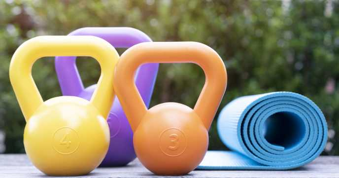 beginner kettlebells 3kg 4kg 5kg with exercise mat