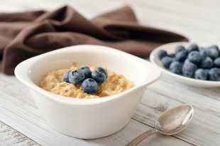 Porridge with Blueberries