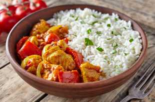 Chicken Jalfrezi with Peppers and Basmati Rice