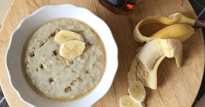 Creamy Porridge with Banana and Maple Syrup