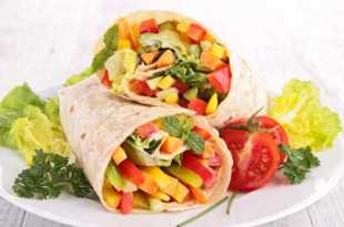 Crunchy Houmous Wrap with Salad