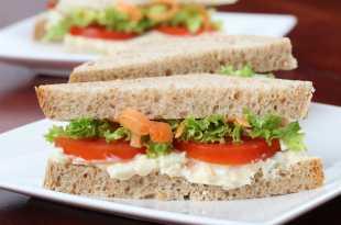 Egg and Tomato Sandwich with Lettuce