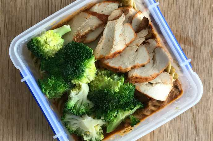 Chicken Pasta Bake with Broccoli
