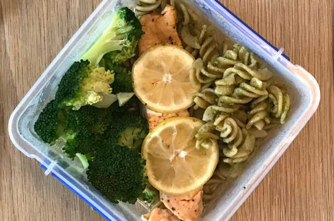 Salmon with Pesto Pasta and Broccoli