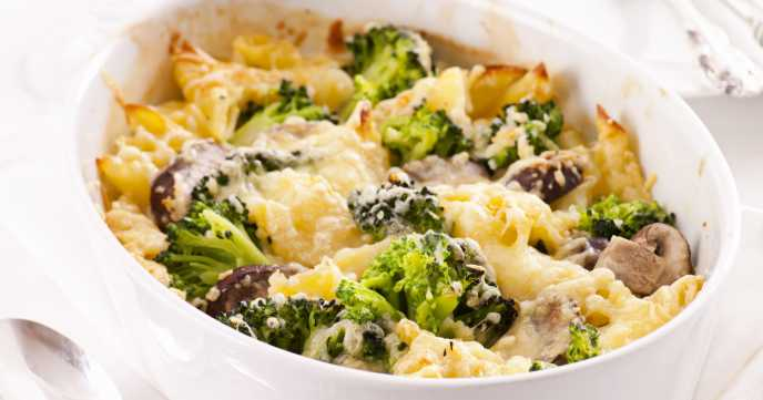 mushroom and broccoli pasta bake