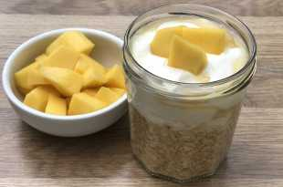Overnight Oats with Mango
