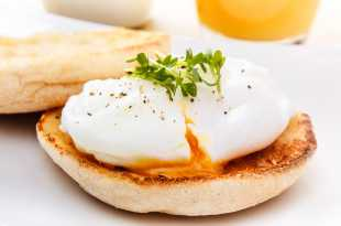 Poached Egg on English Muffin (Eat Less Meat)