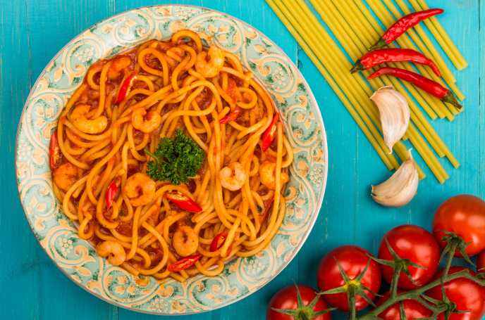 Piquant Prawn & Chilli Pasta - Low Calorie