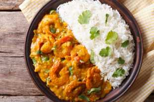 Prawn Curry with Rice (Eat Less Meat)