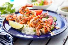Prawn Skewers with Rice and Salad - Weight Loss Resources