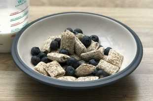 Shredded Wheat Bitesize with Blueberries