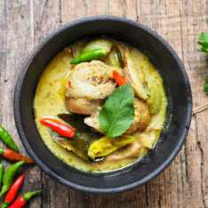 Skinny Thai Green Chicken Curry