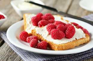 Cream Cheese and Raspberries on Toast