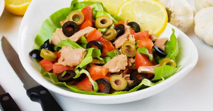 Tuna and Black Olive Salad with Dijon Mustard Dressing
