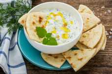 Tzatziki with Pitta and Cruditesn - Weight Loss Resources